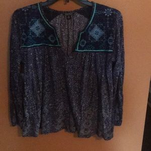 Cropped style flowy paisley top